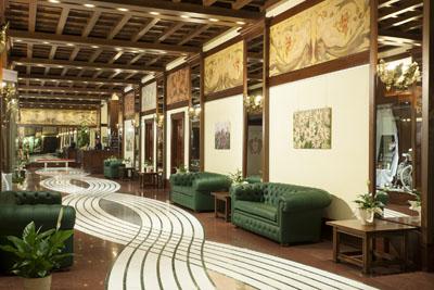 Grand-Hotel-Hall