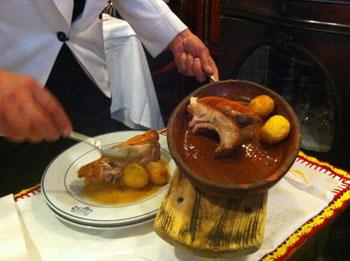 Casa bot n il gusto della tradizione culinaria bluarte for Casa botin madrid