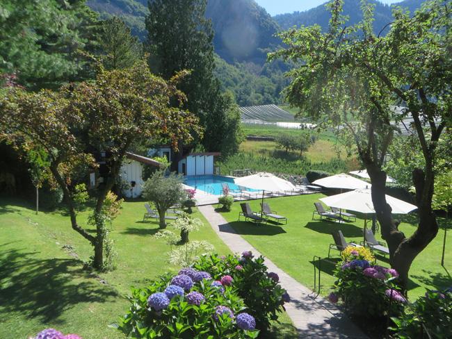 Castel-Fragsburg-piscina