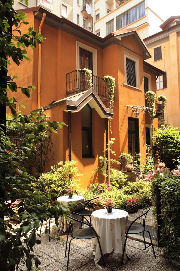 Hotel-Sanpi-Interior-Garden-villa