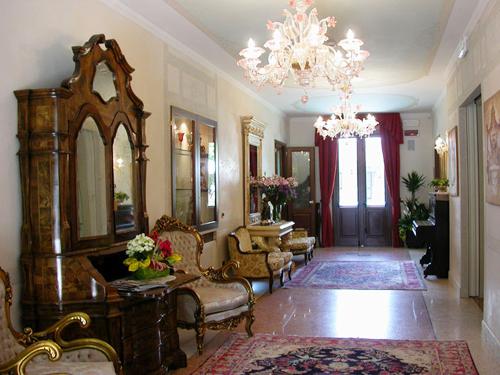 Villa-Foscarini-hall