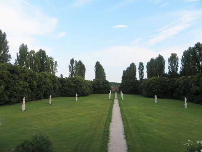 Villa-Giustinian-giardino-veduta
