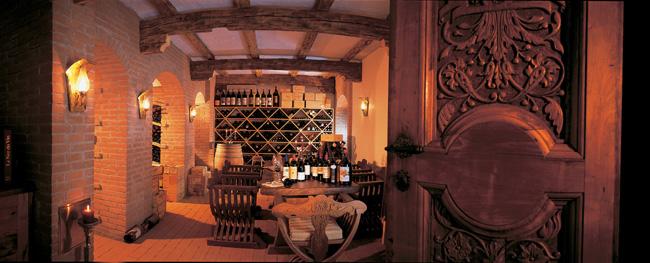 Hotel-Gardena-Ortisei-Wine-cellar-byMario-Imst