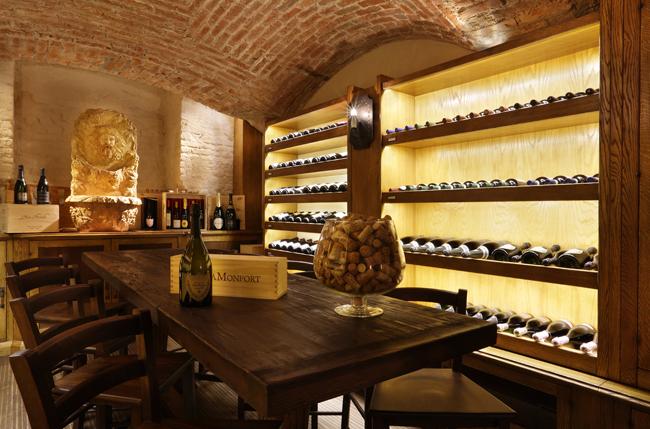 Chateau-Monfort-Milano-Cella-di-bacco o