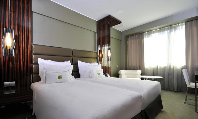 Essenza altis per il grand hotel di lisbona bluarte for Design hotel lisbona