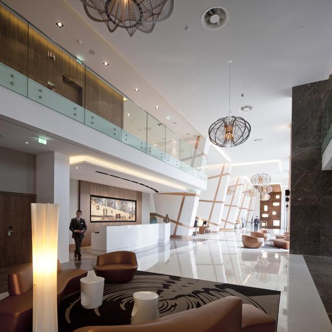 Epic-Sana-Lisboa-Hotel-Lobby
