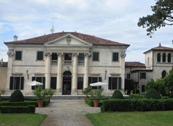 Villa-de-puppi-byluongo