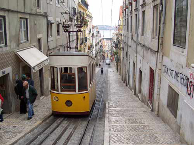 lisbona-tram-