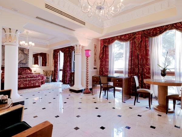 Carlton-Hotel-Baglioni-Deco-Suite