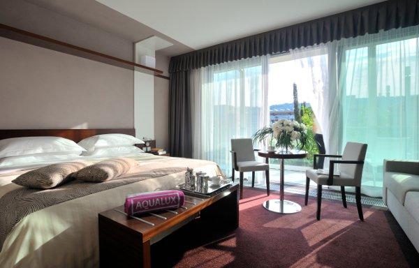 Aqualux-Hotel-aqua-room