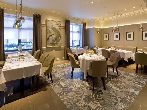 Kona-Restaurant-London-interno