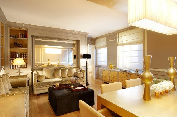 Castille-Paris-Living-Room-Apartement