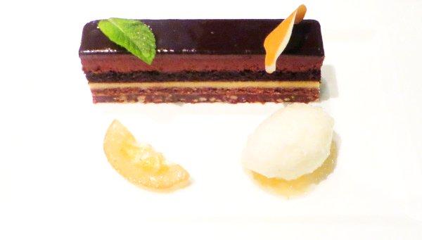 Pavillon-Elysee-Lenotre-dessert2