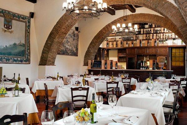 Castello-Banfi-il-Borgo-La-Taverna-restaurant