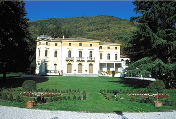 Villa-dei-Cedri-Valdobbiadine