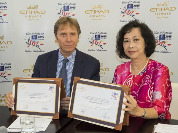 Etihad-Airways-Tourism-Malaysia-Partnership