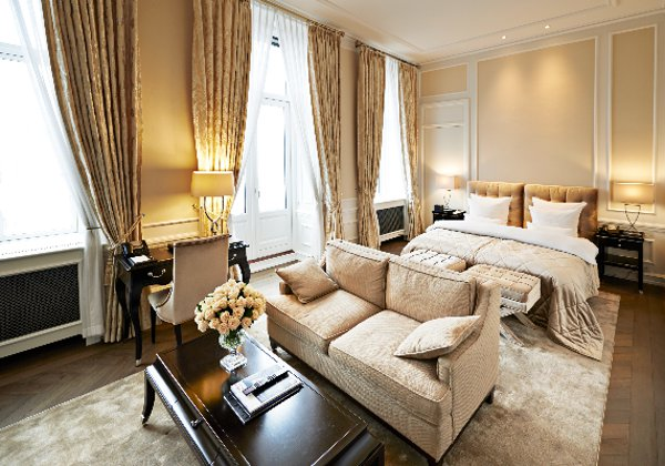 Hotel-Dangleterre-Superior-Junior-Suite