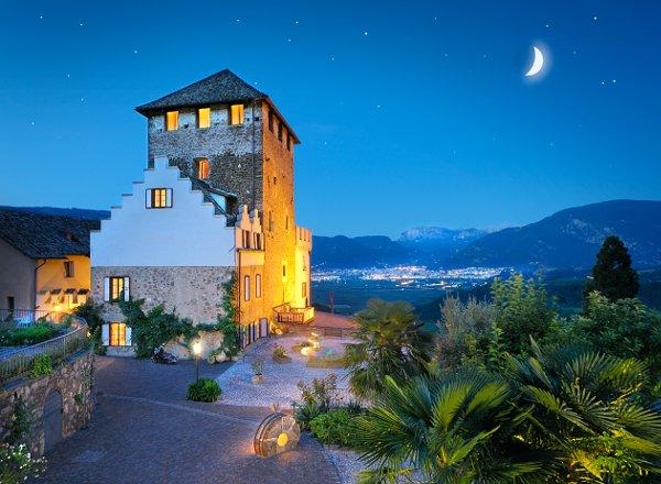 Schloss-Hotel-Korb-notturna