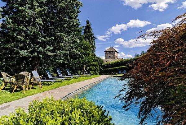 Schloss-Hotel-Korb-piscina