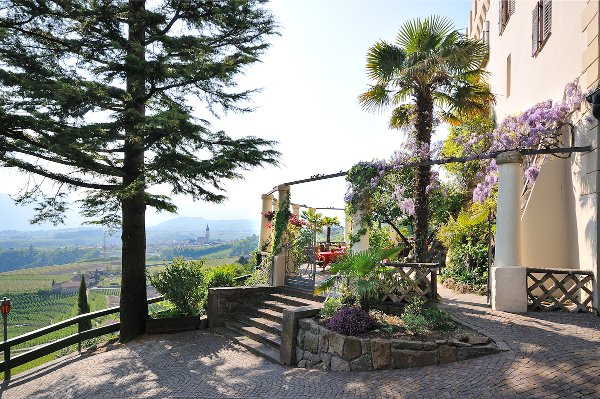 Schloss-Hotel-Korb-terrazza
