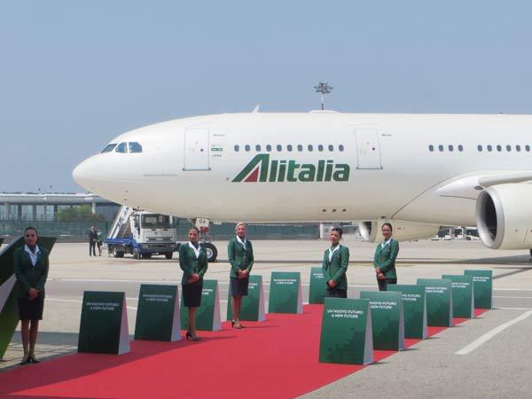 alitalia-new-livery-velivolo-byluongo