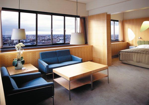 raddison-blue-royal-hotel-junior-suite-corner