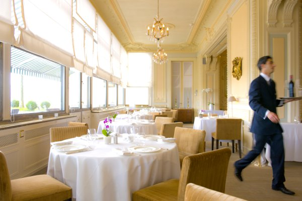 Restaurant-Les-Trois-Couronnes