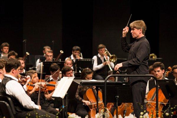 Verbier-Festival-Orchestra- Esa-Pekka-Salonen