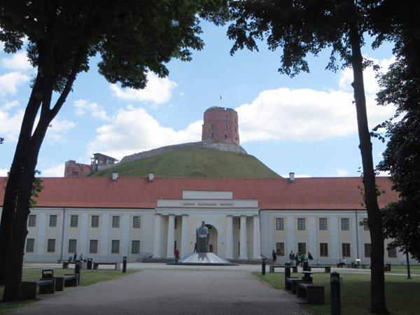 Vilnius-museo-byluongo