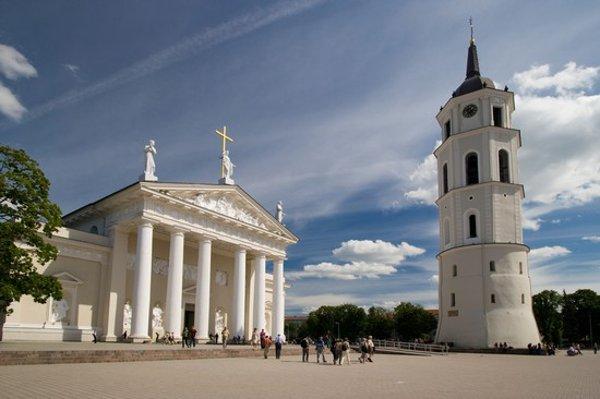 Vilnius-piazza-della-cattedrale