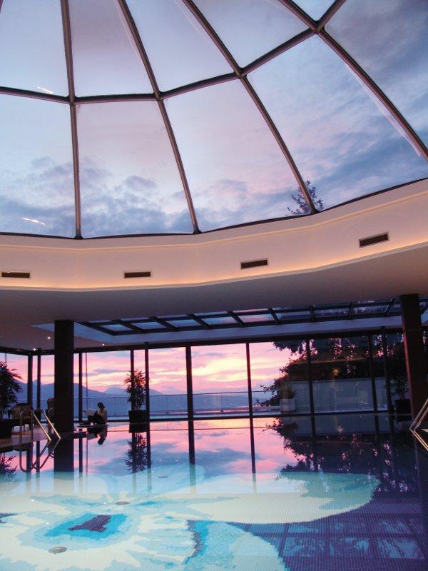 Le-Mirador-Kempinski-piscina