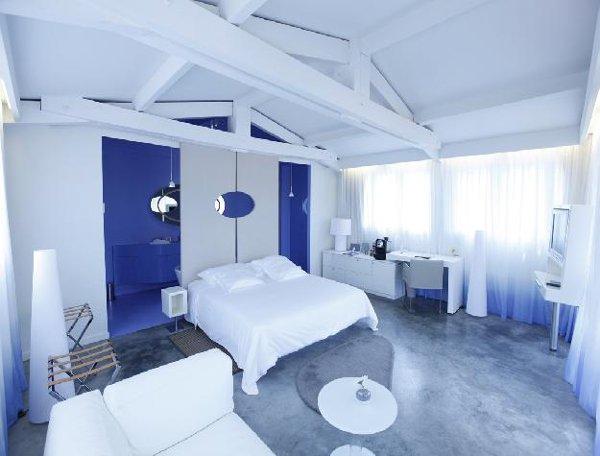 Hotel-Benkirai-Saint-Tropez-suite