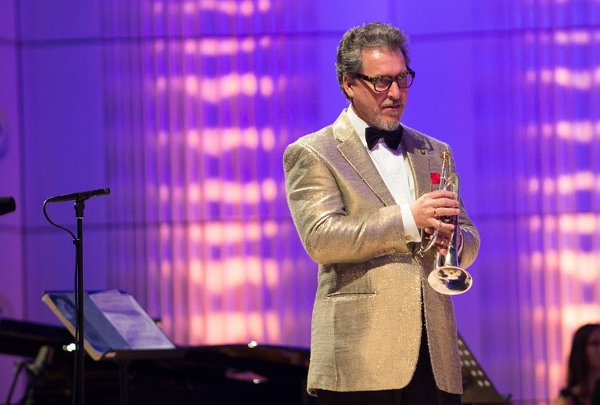 Mauro-Maur-durante-il-concerto-a-Zlin