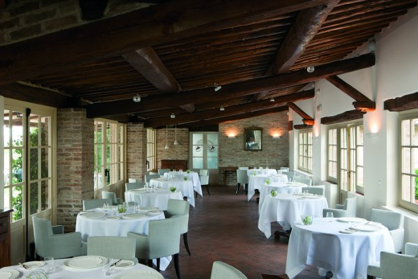 Resort-Borgo-San-Felice-poggio-rosso