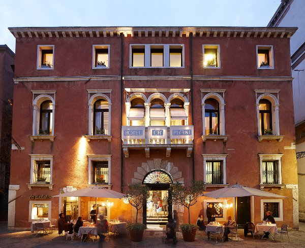 Ca pisani hotel venezia couture bluarte for Design hotel venezia