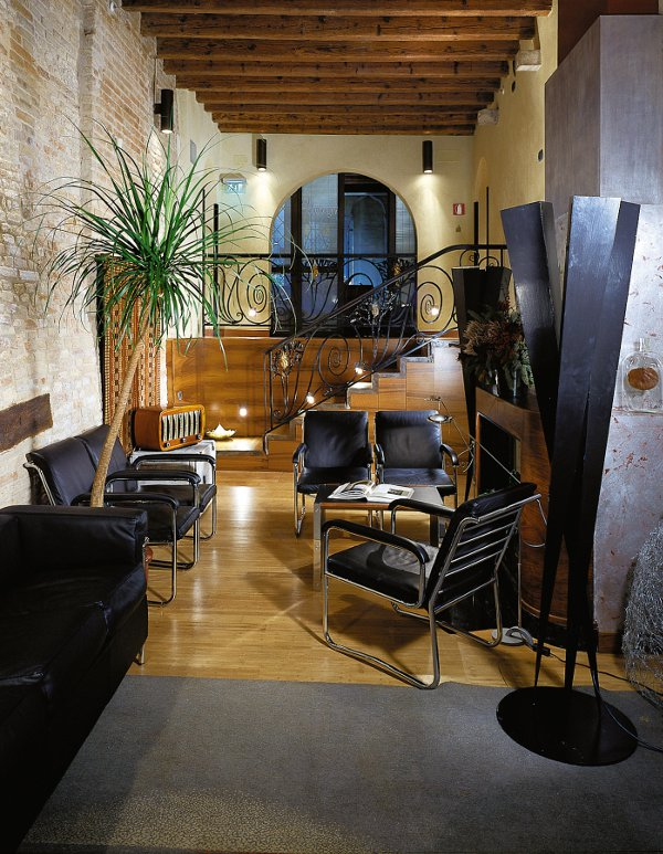 Ca-Pisani-Hotel-hall-Venezia