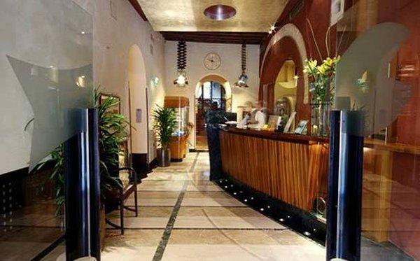 Ca-Pisani-Hotel-lobby-Venezia