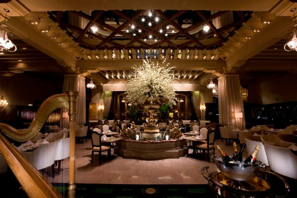 hotel-drake-chicago-Palm-Court