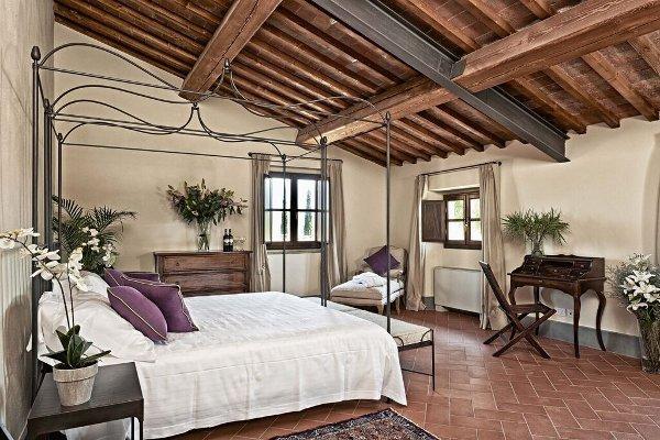 Villa-Medicea-di-Lilliano-room