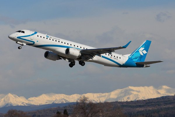 AIR-DOLOMITI-EMBRAER-195-3