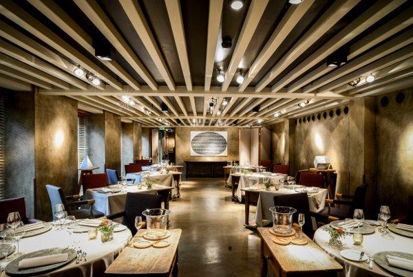 Bayerischer-Hof-Sternerestaurant-Atelier_Gesamtansicht-Benjamin-Monn