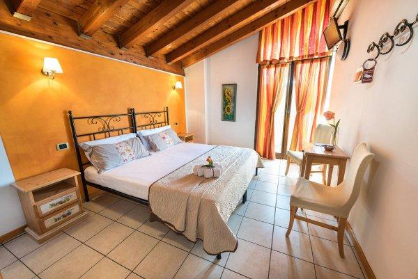 costadoro-room1