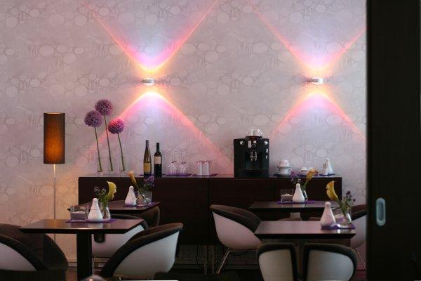 Schiller5-Lounge