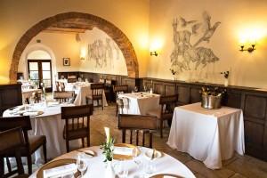 Castel-Monastero-Contrada-restaurant