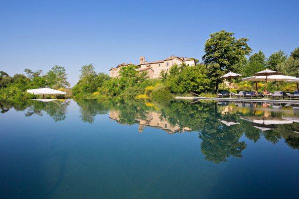 Castel-Monastero-Outdoor-pools