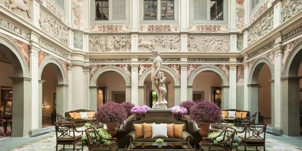 Four Seasons Firenze. Luxury divine, art sublime
