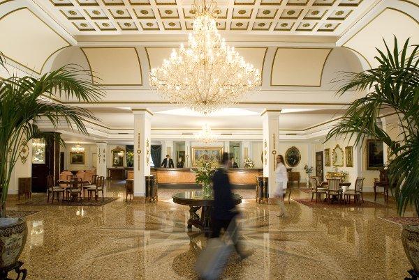 Abano-Grand-Hotel-Hall