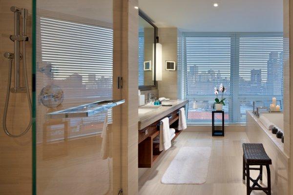 langham-place-newyork-bathroom