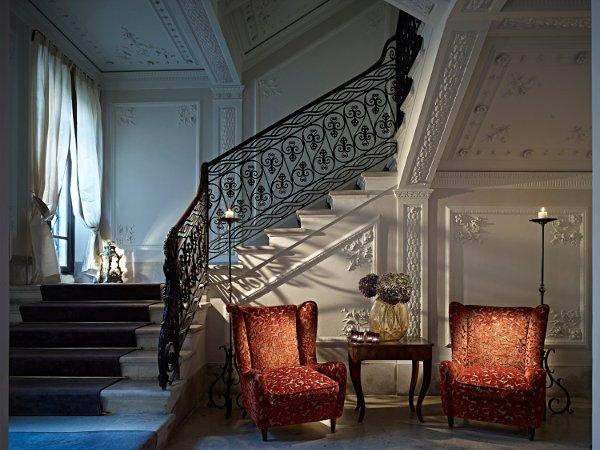 gentleman-verona-scalinata
