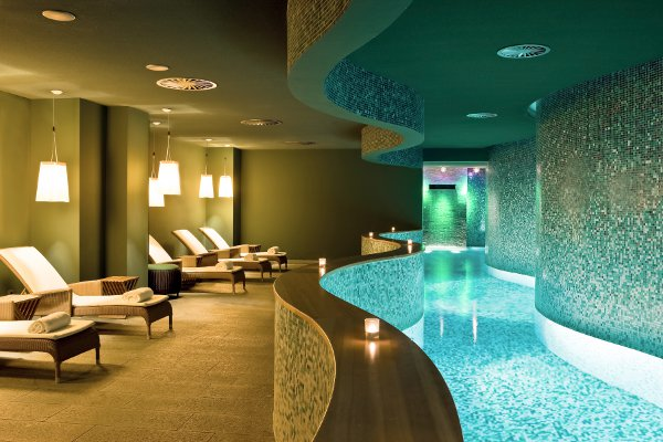 sofitel-hamburg-alter-wall-pool
